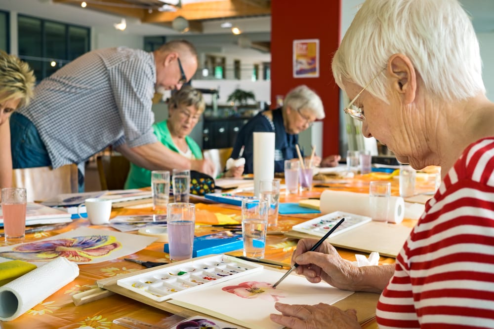 How Art Therapy Benefits Seniors